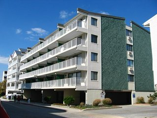 Conveniently located on 36th Street - walk to the beach, shops, dining & much mo