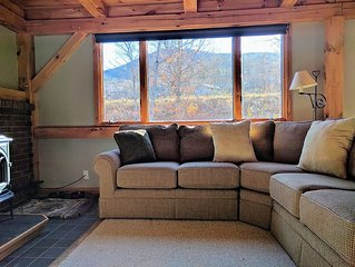 Ski In/Ski Out - 2 Bed 1 Bath Condo - walking distance to everything on mountain