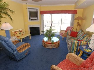 Beautiful condo with exquisite, resort decor and furnishings
