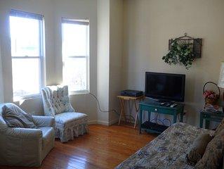 Beautifull apartment three blocks from the beach, broadwalk and casinos