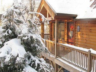 Holiday Special!! Charmin Log Cabin 5min.from Grandfather Mtn.