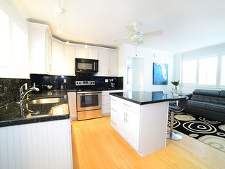 Modern Apartment Just 300 Feet From Hollywood Beach