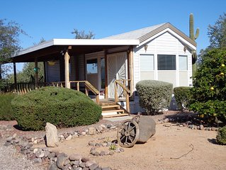 Private guest house adjacent to Saguaro National Monument close to hiking