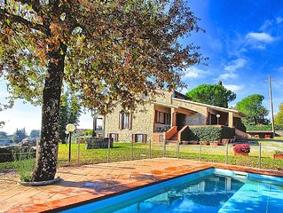 Large villa with private pool and panoramic views set in the heart of Chianti