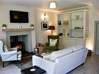 CRAILING COACH HOUSE - Superb, Renovated Property in a Country Setting, Sleeps 4