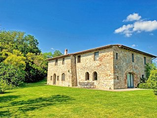 Stylish, stone-built villa with 7 bedrooms, private pool and stunning views