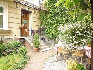Grande appartement avec jardin dans le centre historique,  entier ou une partie