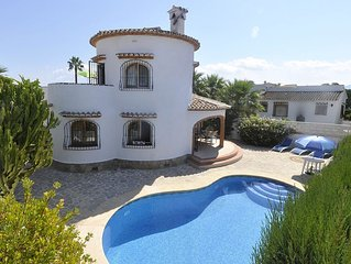 Traditional Spanish holiday Villa & private pool, 500yrd to beach, Costa Blanca