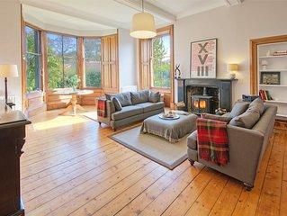 LOWER TWEEDKNOWE - superb ground floor apartment in historic Melrose with garden