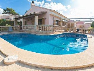 CAN FAMA - Villa for 6 people in Badia Gran.