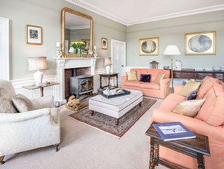 HALLIBURTON - Elegant Farmhouse In a Tranquil Country Setting, Ideal for Groups