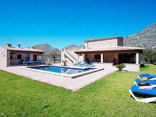 Beautiful Villa Boquer with Private Pool and Great Views