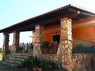 'Sa Ingia'  Villa in campagna  tra le vigne.