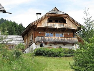 Quietly located detached chalet with great views over the Milstättersee