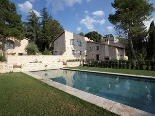 Large Private 17thC Villa with Pool and Luxury Accommodation