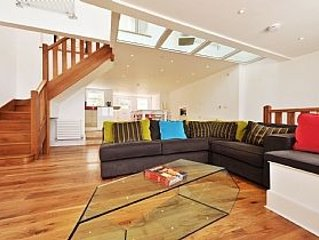 Beach Front House In St Ives With Fantastic Sea Views