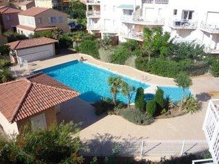 Appartement dans résidence avec piscine et à 50m de la plage