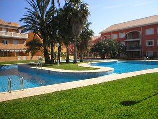 Javea, Arenal Beach, sleeps 6-8, large pool, WIFI, air con, 5 mins walk to beach