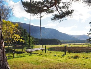 Outstanding location, open plan, comfortable home from home, in Glen Feshie.