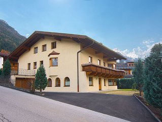Very well maintained property with garden, 300 m. from Neustift.
