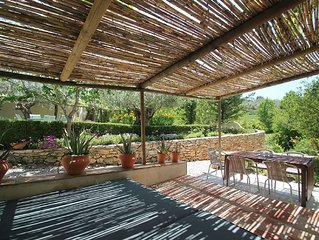 Old Farmhouse with amazing views set in a rural valley just 8 Minutes to Ronda,