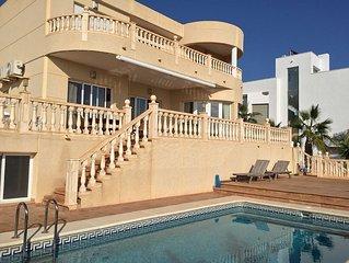 Luxeuse Villa 10 12 personnes vue mer avec piscine 200m plage