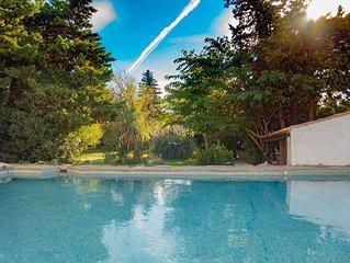 Maison 6 chambres avec jardin clos arboré avec piscine privée