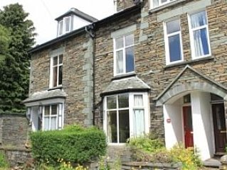 Fernleigh delightful pet friendly cottage central Ambleside.Garden and parking.