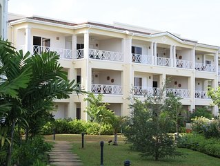 NEW 3 BED BEACH FRONT & SEAVIEW DELUXE PENTHOUSE APARTMENT 3, 2 AND 1 BED OPTION