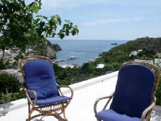 Casa con bellissima vista su Ponza e il mare