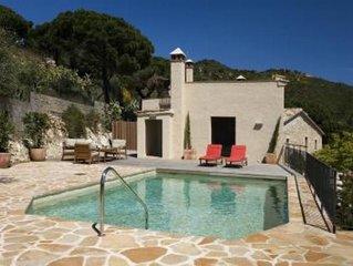 Castell D Aro: casa con jardin y estupendas vistas al mar situada en un lugar in