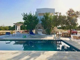 Villa de 80 m2 avec piscine privée entourée d'oliviers centenaires des Pouilles