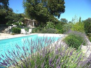 PROMO Superbe Maison,au calme a la campagne, Piscine, ideal pour familles,jeux