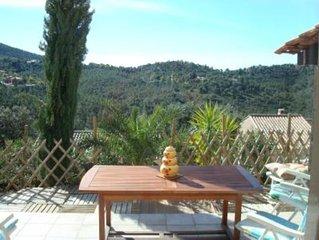 Villa avec grande piscine 40 m2 - Vue exceptionnelle - Calme assure
