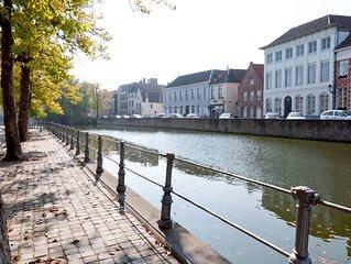 Unieke Brugse trapgevelwoning, gelegen in het centrum van Brugge