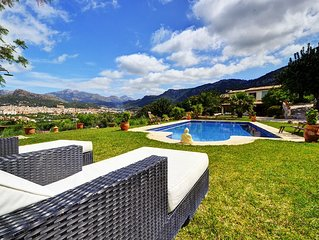Ideally located Villa Port Andratx with spacious garden and pool.