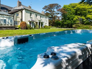 Large six bedroom house with swim spa set within 900 acre estate on Exmoor