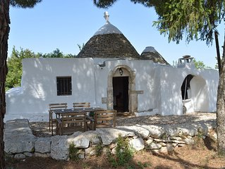 Beautiful detached trullo in a quiet location