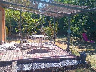Villa plain-pied au milieu des vignes avec piscine privée