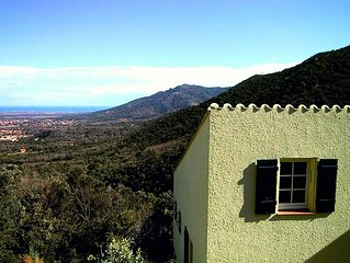 Superb Catalan Villa with private swimming pool and stunning views