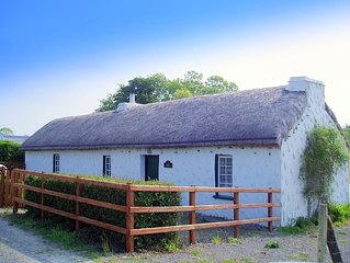 Traditional Thatched Cottage near Mountains and Sea Free WIFI  SAT TV and  Bikes