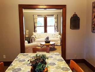 Local Chic 3 Bedroom House: Walk to U of M Stadium, Campus or Downtown!