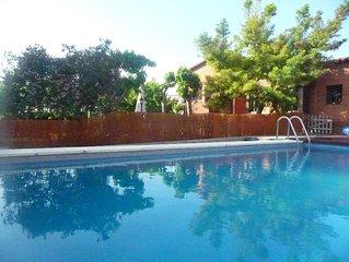 4 Bed Villa with own pool & garden. Sea views, peaceful, near beaches