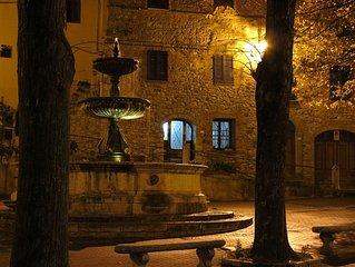 Casa toscana nel borgo medievale di Castiglione d'Orcia