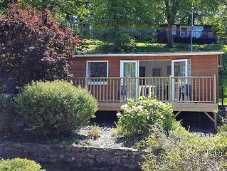 Chalet in Snowdonia, close to mountains, lakes and sea.  Pet friendly