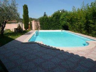 Tres grande villa  idealement situee, piscine privee,jardin, billard, jacuzzi,in