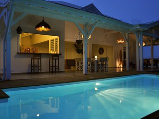 Ideally located, luxury 5-star villa for 8 people