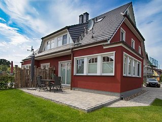 New in 2016, very spacious, comfortable, with terrace and garden, up to 6 perso