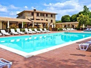 Holiday resort Borgo di Pomaia, Pomaia  in Riviera degli Etruschi - 3 persons