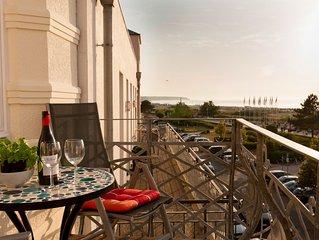 Ferienwohnung mit Meerblick und Balkon direkt am Strand für 2-4 Pers